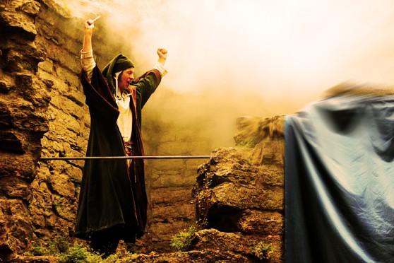 Caligari kastar en mäktig besvärjelse